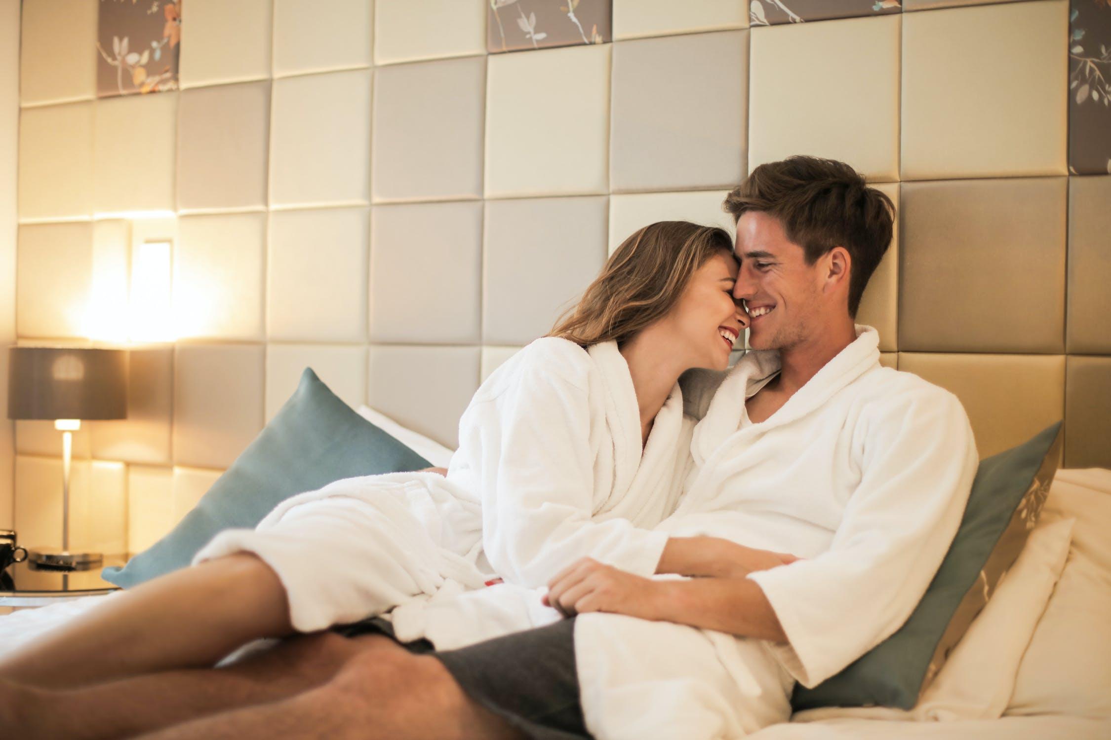 Nový pohľad na manželské lôžko: dva obojstranné matrace